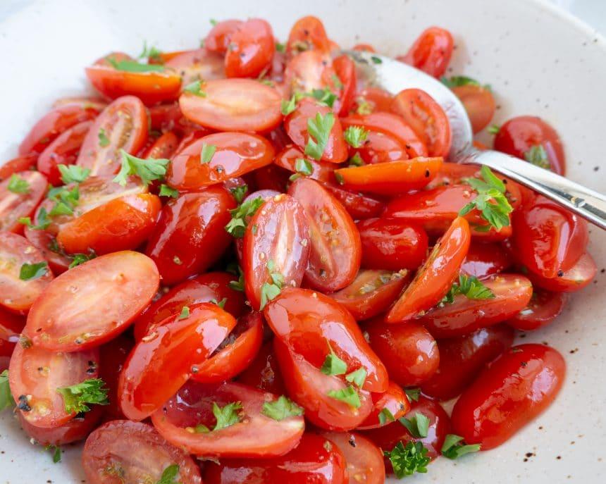 Opskrift på lækre og nemme marinarede cherrytomater