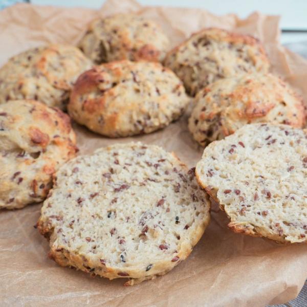 Grødboller – Nemme morgenboller med havregrød