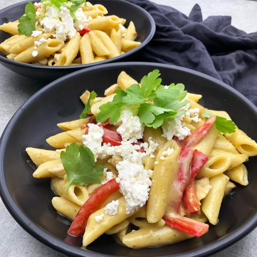 One pot pasta med kylling og pesto