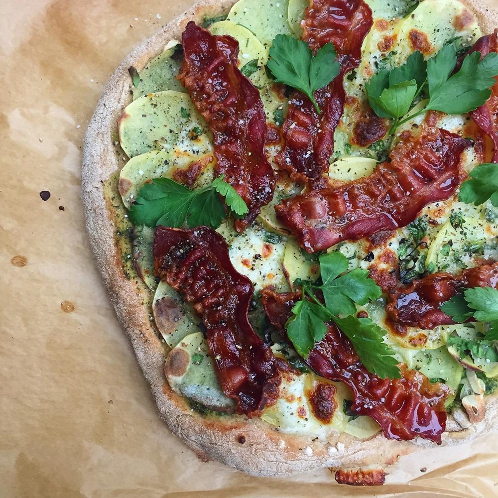 Pizza Blanco – Hvid pizza med pesto