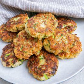 Squash frikadeller - lækre vegetariske grøntsagsfrikadeller
