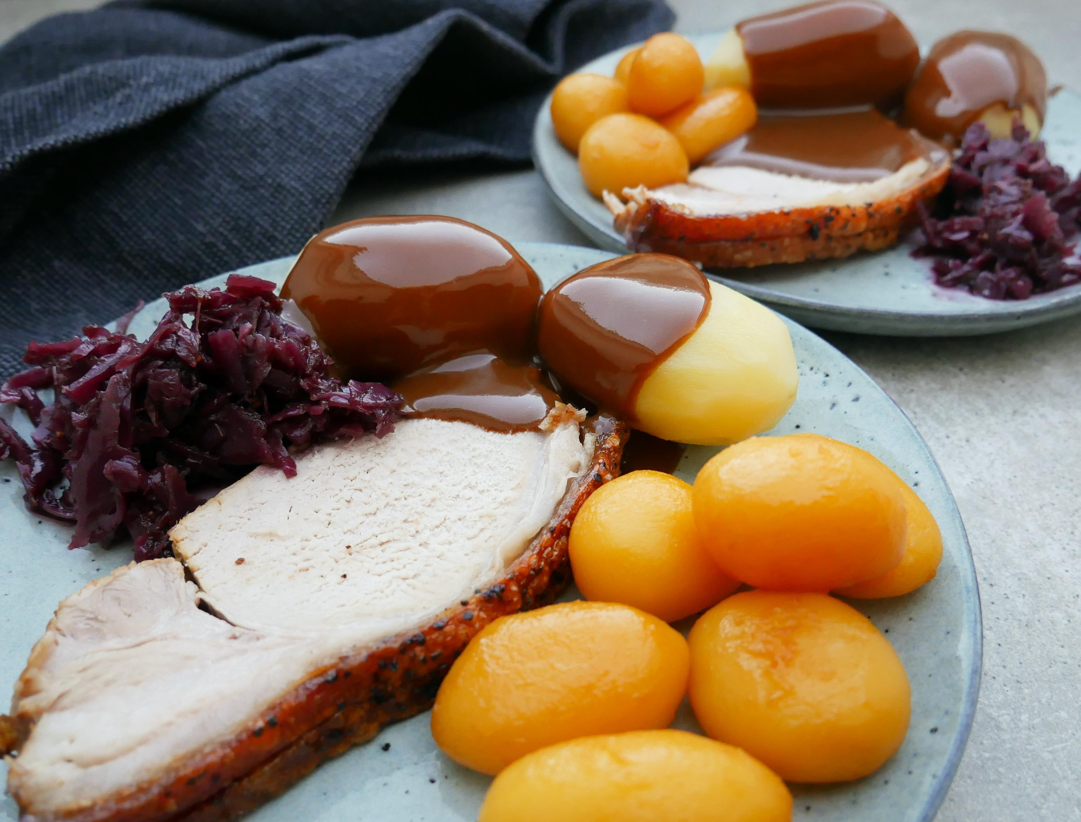 julemad med brune kartofler