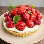 Opskrift på den bedste klassiske jordbærtærte