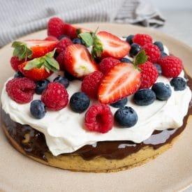 Opskrift på sund frugttærte med mazarinbund