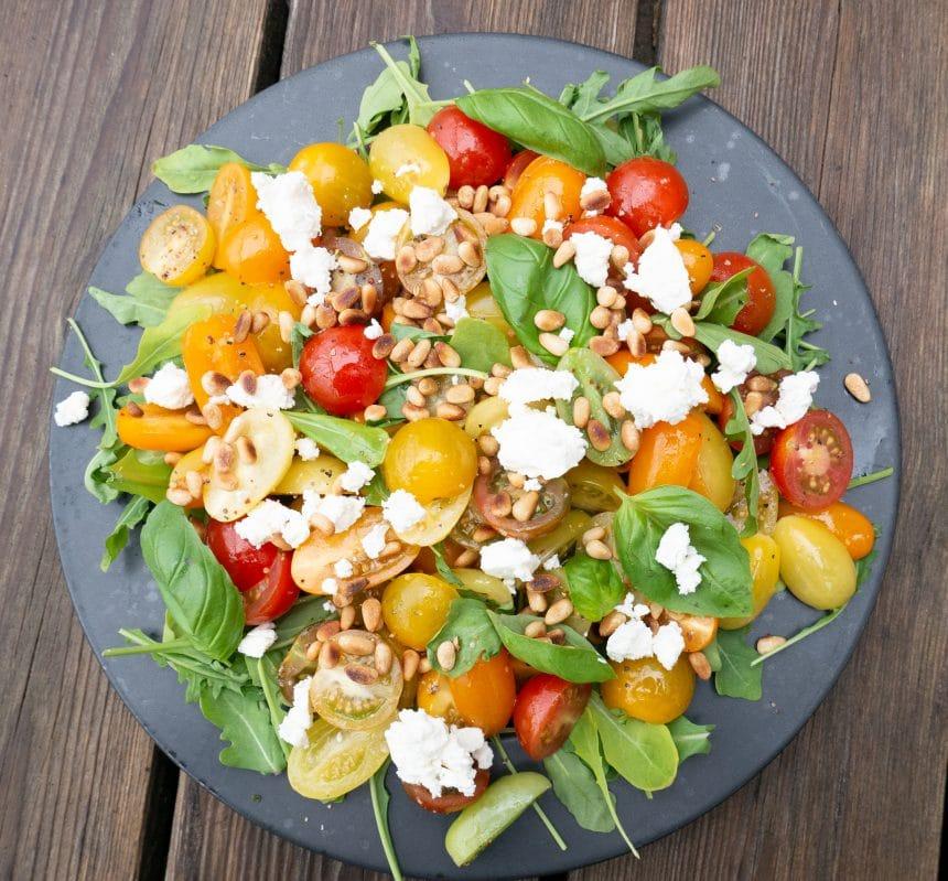 Salat med cherrytomater og feta