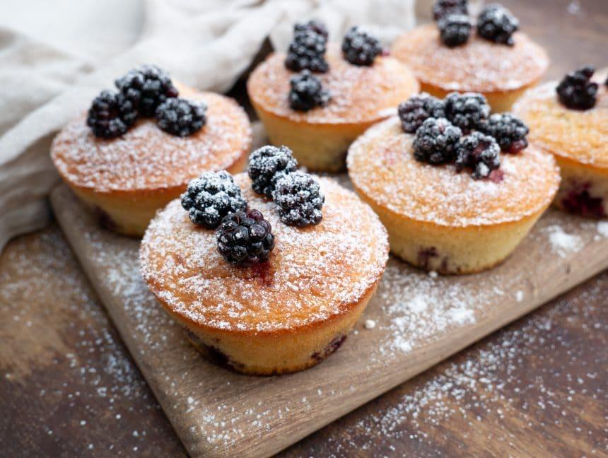Opskrift på brombærmuffins