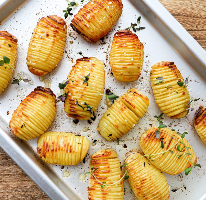 Opskrift på hasselback kartofler