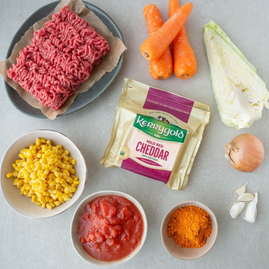 Ingredienser til madpandekager med oksekød