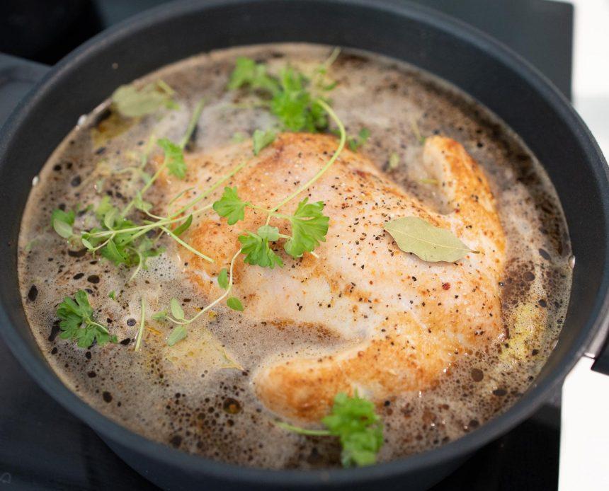 Opskrift på grydestegt kylling