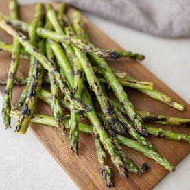 Grillede asparges